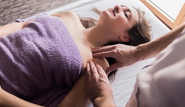 Sportsmassage skulder område